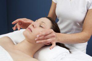 clínica dermatológica Madrid González Cavada 10 consejos para cuidar tu piel en primavera