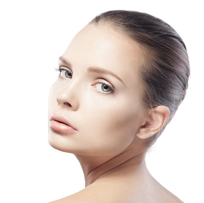 clinica cavada acido hialuronico en labios