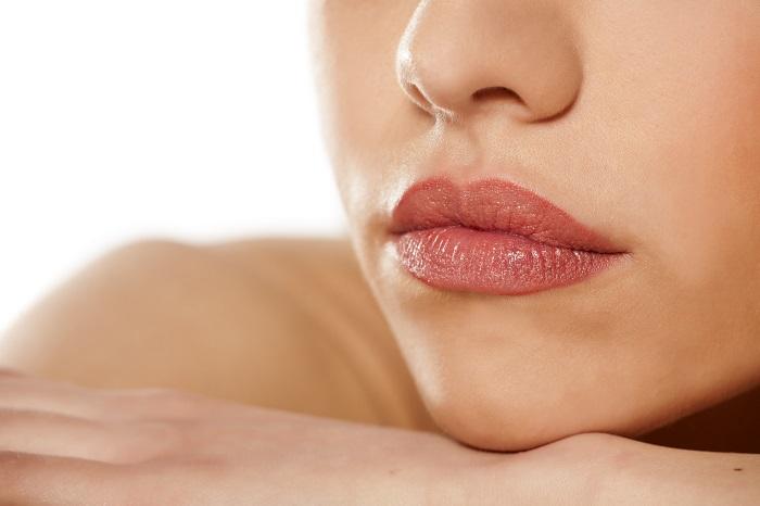rellenos acido hialuronico en labios madrid