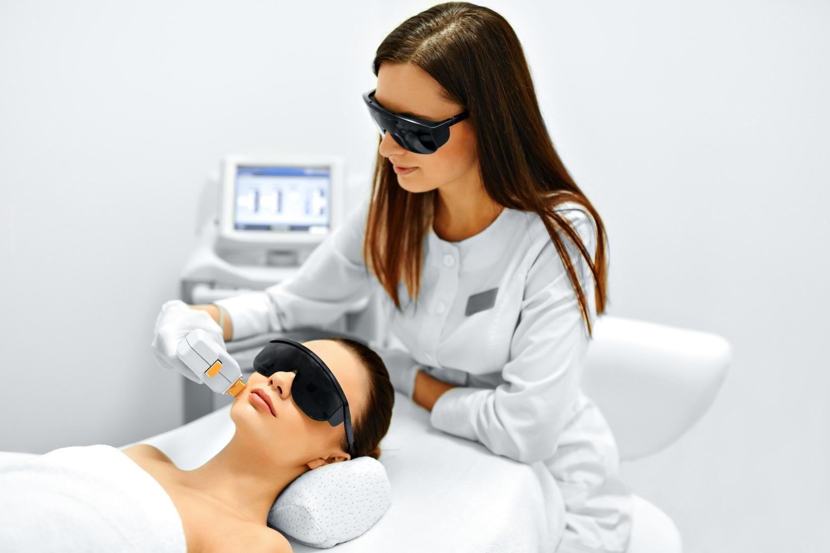 láser dermatologico, láser fraxel